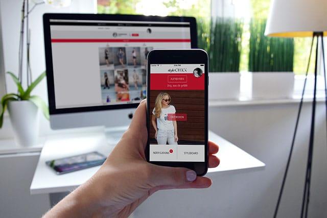 Mode-App im Einsatz auf mobile Phone und Desktop